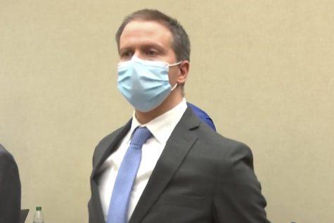 Derek Chauvin in court. (Photo: COURT TV/AP)